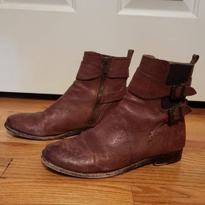 Frye Anna Gore Short Boot - size 8